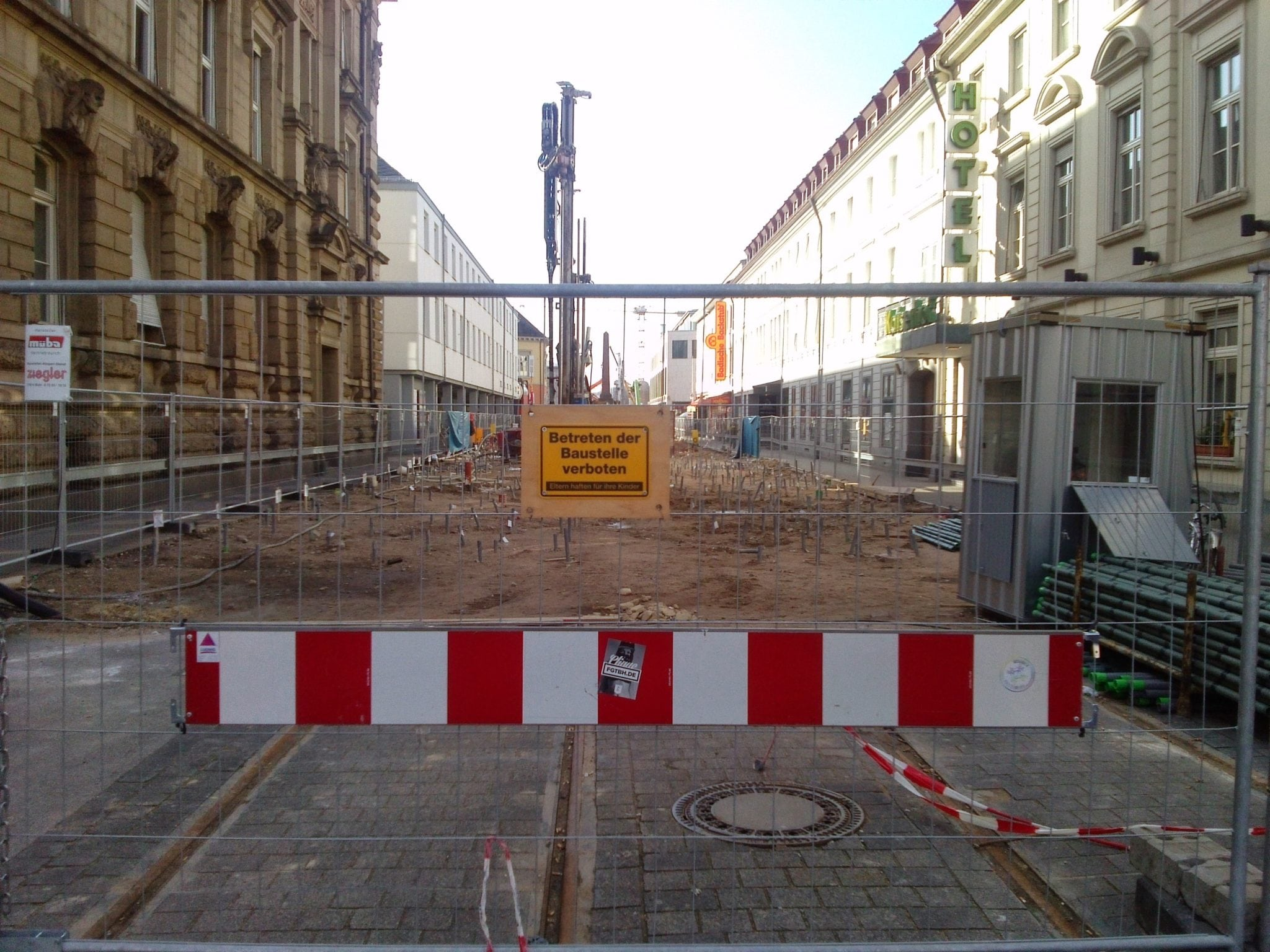 Fragwürdige Koordination der Straßenbaustellen in Karlsruhe